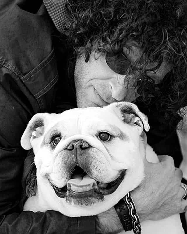 Howard Stern's Beloved Bianca The Bulldog Has Passed Away